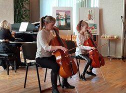 Kultūros ir pramogų centre skambėjo šeimų ansamblių muzika