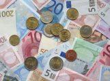 Ar mano sutuoktinio skolos gali būti išieškotos iš mano atlyginimo?