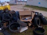 Nuo šiol komunalinių atliekų konteinerių prie garažų nebebus