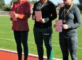 Lengvosios atletikos sezoną Vilkyčių pagrindinės mokyklos sportininkai baigė pergalingai