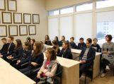 Jaunieji šilutiškiai domėjosi Savivaldybės veikla