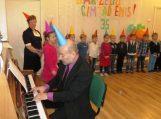 Vaikai šventė savo antrųjų namų gimtadienį