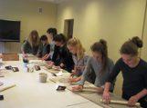 Keramikos užsiėmime dalyviai išbandė molio magiją