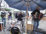 Sostinėje Kaziuko mugėje jaunųjų šilutiškių atliekama muzika