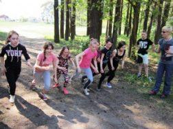 Traksėdžių mokyklos mokiniai paminėjo Pasaulinę judėjimo sveikatos labui dieną