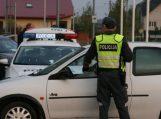 Pareigūnų pirmadienio rytas prasidėjo vairuotojų blaivumo kontrole