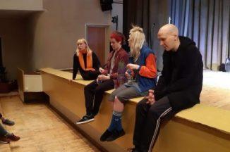 Šiuolaikinis spektaklis jaunimui apie gyvenimo kelio paieškas