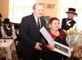 Įteiktas Seimo apdovanojimas