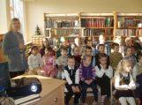 Grabupių biblioteka kartu su mokykla kvietė vaikus skaityti