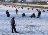 Be smaigų ant ledo lipantiems žvejams grės baudos