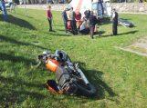 Bikavėnuose motociklininkas trenkėsi į lengvąjį automobilį (papildyta)