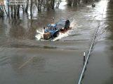 Kelyje Šilutė-Rusnė 25 cm vandens, eismas draudžiamas