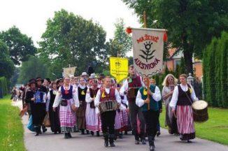 """Respublikinis folkloro festivalis ,,Šišon, didžiam kiematy…"""""""
