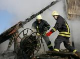 Žalpių kaime degė ūkinis pastatas