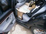 Šilutės rajono gyventojo automobilyje pasieniečiai aptiko kontrabandinių cigarečių