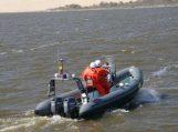 Kuršių mariose pasieniečių kateriai skubėjo į pagalbą ant seklumos užplaukusiam laivui