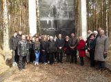 """Pagerbtos koncentracijos stovyklos """"Oflager 53"""" aukos"""