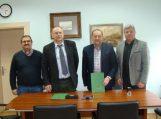 """Pasirašyta bendradarbiavimo sutartis tarp savivaldybės ir """"Rotary"""" klubo"""