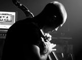 Kintuose – netradiciniai violončelės garsai