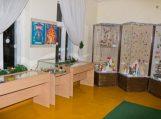 Šilutės muziejus pratęsia Kalėdinių žaisliukų parodą
