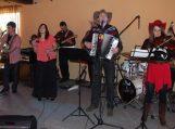 """Country muzikos grupė """"Karčema"""" savo gerbėjus pamalonino nauja kompaktine plokštele"""