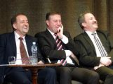 Šilutėje artėjant juokų dienai surengti kandidatų debatai į savivaldybės merus