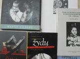 Švėkšnoje muziejų pasiekė vertingų istorinių knygų rinkinys
