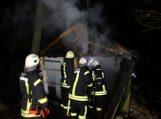 Traksėdžiuose degė garažas