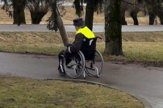 Pažadėjęs nebedaryti nusižengimų, neįgalus vyras tą pačią dieną pažadą sulaužė
