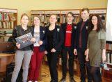 Vainuto bibliotekoje – žinių apie Lietuvą rungtynės