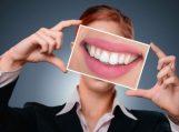 Kaip prižiūrėti dantis po protezavimo?