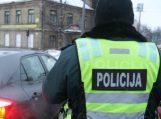 Pareigūnai ragina gyventojus kelyje elgtis atsakingai ir rūpintis savo saugumu