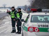 Šilutėje policija tikrino, kaip vairuotojai kelyje reaguoja į skubantį specialiųjų tarnybų transportą