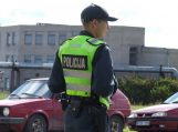Penktadienį buvo vykdoma automobilių padangų naudojimo kontrolės priemonė
