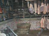 Iš rūkyklos pavogė mėsą