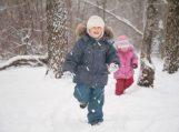 Pediatrė: per šalčius apgauna ne tik saulė, bet ir termometrai