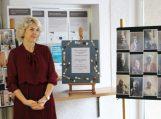 """Savivaldybėje atidaryta Šilutės senelių globos namų fotografijų paroda """"Neužrašytos istorijos"""""""