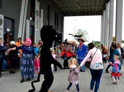 """Vydūno viešoji biblioteka kvietė į tradicinį """"Juodojo katino kiemą"""""""