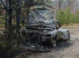 Iš degančio automobilio girtas vairuotojas išgelbėtas tik netoliese žaidusių vaikų dėka