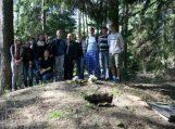 Pagerbti partizanų ir žydų holokausto kapai