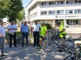 Savivaldybės vadovai pasitiko Teisėjų dviračio žygio aplink Lietuvą dalyvius