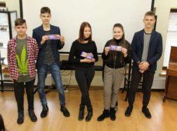 Protų turnyre apie gimtąją kalbą susirungė septintokai