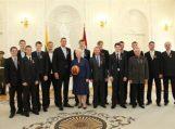 Prezidentė jauniesiems krepšininkams įteikė medalius, vyriausybė – premiją
