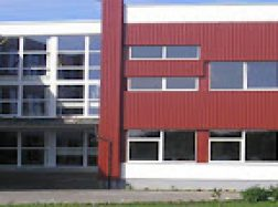 Dėl COVID-19 protrūkio uždaryta visa mokykla