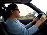 Griežtėja reikalavimai vairuotojus rengiančioms mokykloms