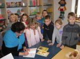 Skaitytojais tampama ir atrandamas kelias į biblioteką jau nuo mažumės