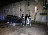 Daugiabučio laiptinėje šėlo ugnis, gelbėtas keturių mėnesių kūdikis