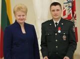 Prezidentė apdovanojo keturis susišaudyme su kontrabandininkais dalyvavusius Pagėgių pasieniečius