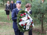 JAV ambasadorė Anne E. Derse padėjo vainiką prie paminklo žuvusiems JAV kariams atminti