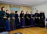 """Salos moterų vokalinis ansamblis """"Luotužė"""" šiemet pristatė naujus Mažosios Lietuvos tautinius stilizuotus kostiumus, kurie buvo įsigyti Žemės ūkio ministerijos Kaimo plėtros projekto dėka. Nuotraukos Edvardo Lukošiaus"""